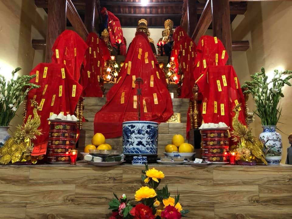 Ngôi bảo điện hùng tráng chùa vệ Linh sóc Sơn vừa hô Thần nhập tượng vào 20/12 canh tý